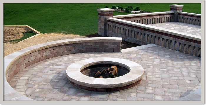 Seat Walls and Stone Patio Railings Wisconsin